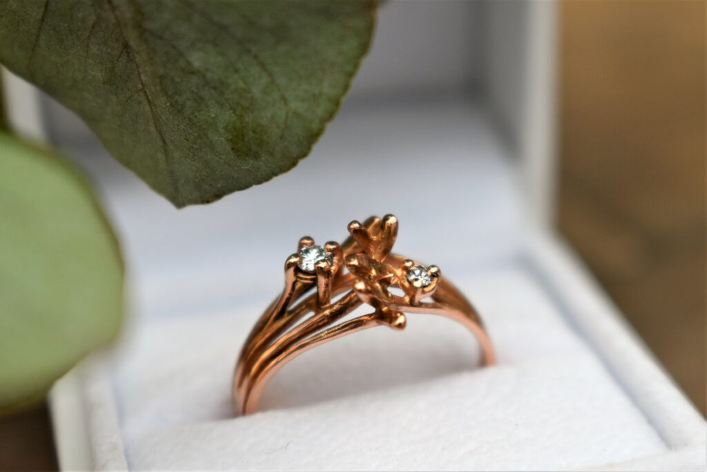 rose gold ring diamonds diamantjes verlovingsring
