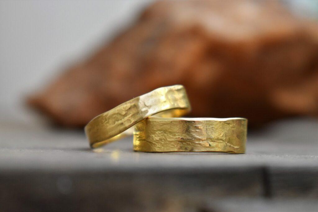 Trouwringen in goud
