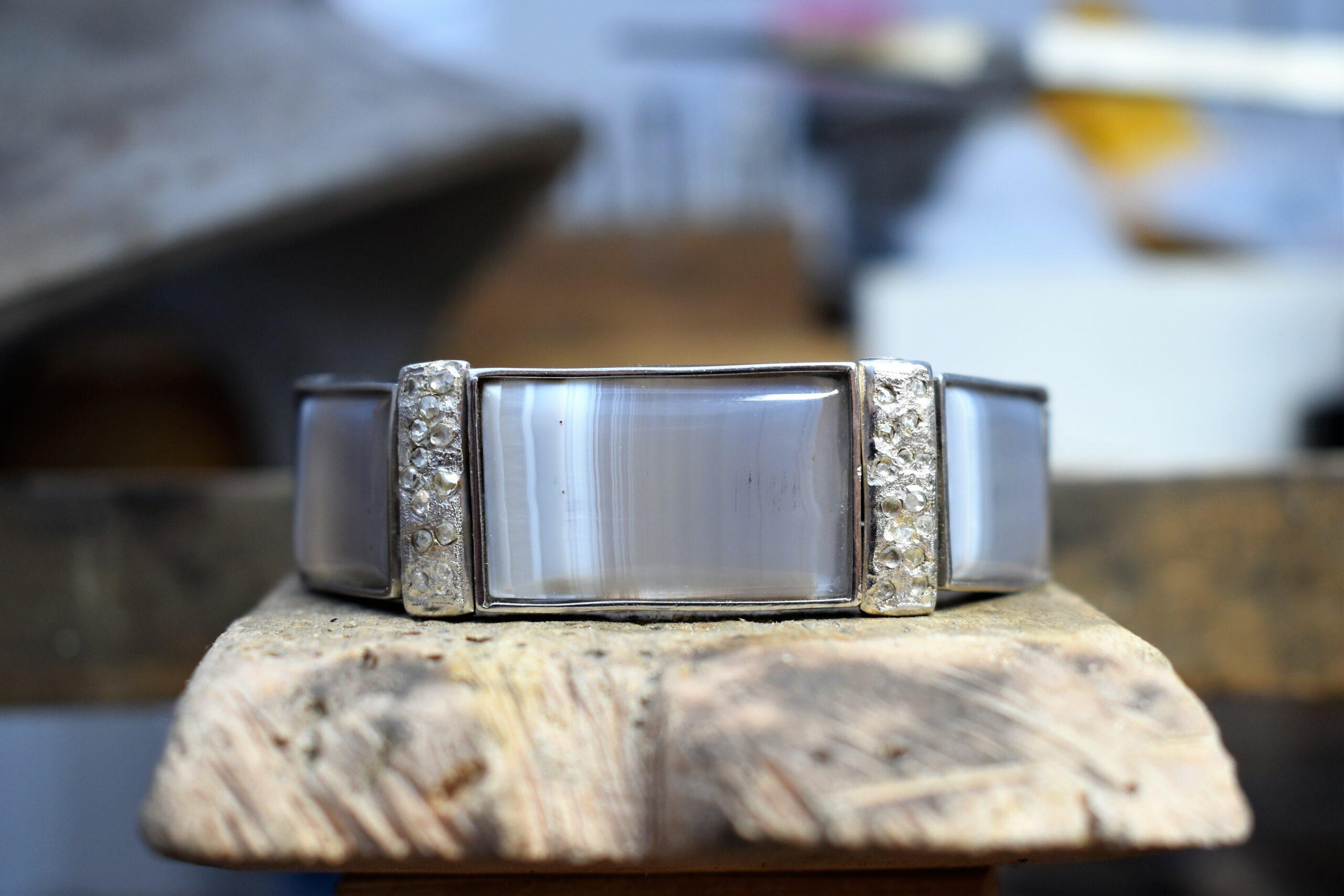 Zilveren armband met agaat en rosecut diamanten